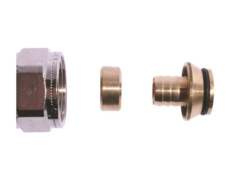 Uponor 1057441 3/4 Inch 16mm Compression Adapter